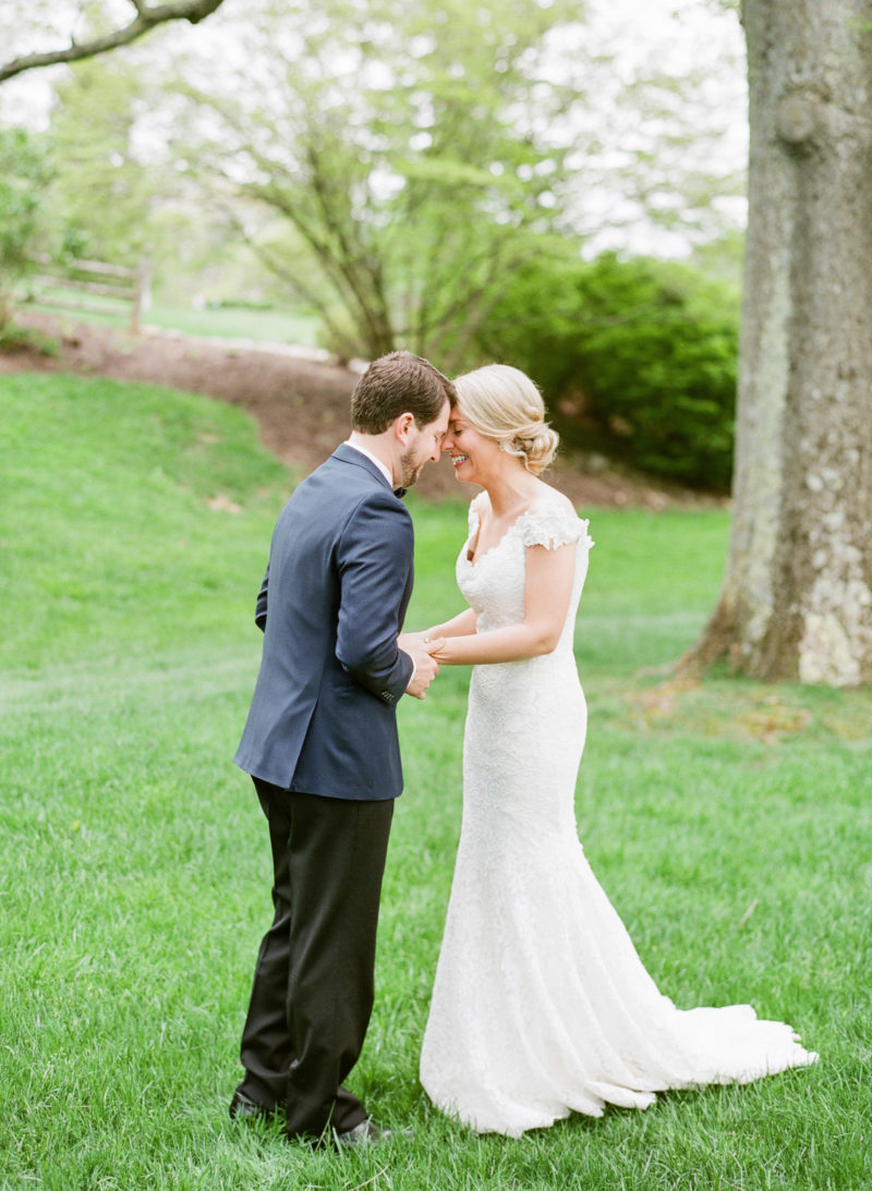 theknot-spring-virginia-homestead-wedding_013