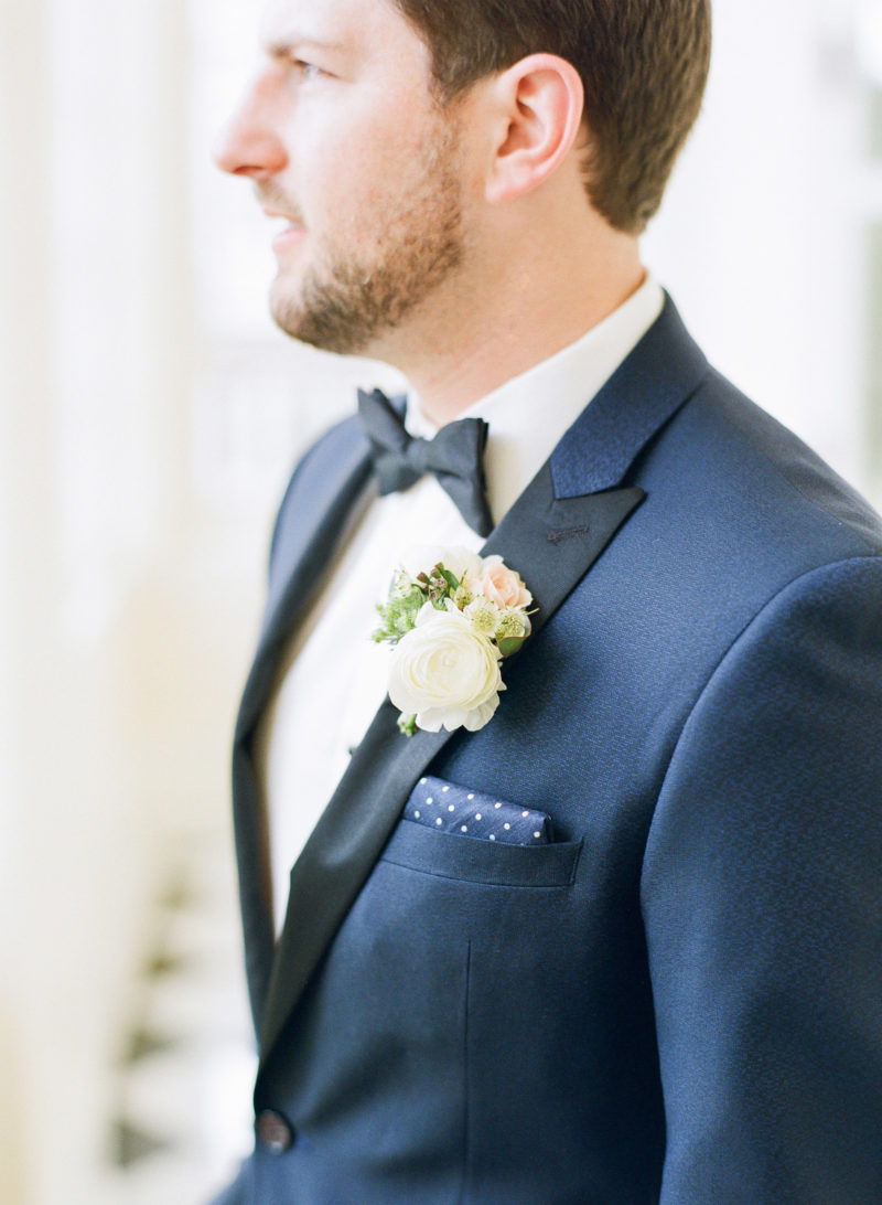 theknot-spring-virginia-homestead-wedding_020