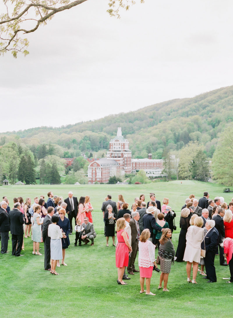 theknot-spring-virginia-homestead-wedding_027
